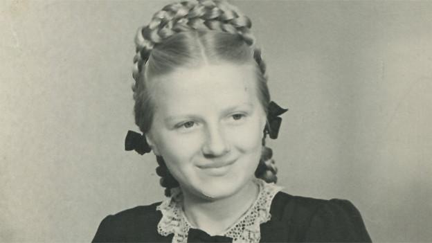 Erna Schürch in jungen Jahren. 1959 erhielt die heute 79-jährige Rentnerin den Schweizer Pass.