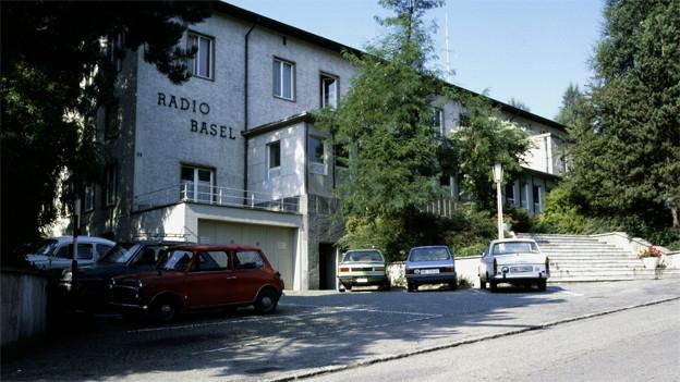 Das Studio von Radio Basel 1986.