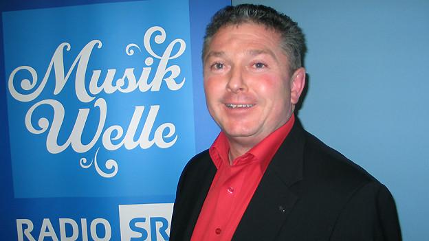 Johann Inauen zu Gast im Studio von SRF Musikwelle.