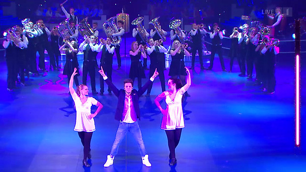 Die Musikformation während des Fernsehauftritts.