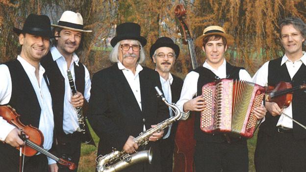 Bei Hanneli-Musig spielen alle verschiedene Instrumente.