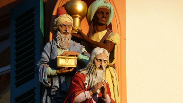Die Heiligen Drei Könige an einem Gebäude in Schwetzingen/D.