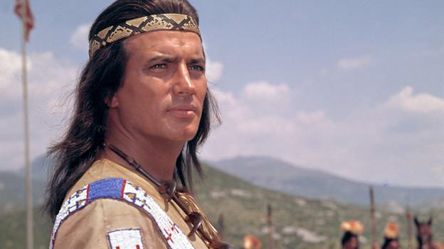 Pierre Brice in seiner Filmrolle als Winnetou.