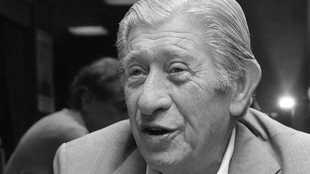 Zino Davidoff (1906-1994) Hersteller von Nobel-Zigarren, Unternehmer und Kunstmäzen, aufgenommen am 9. Juli 1986 in Genf.