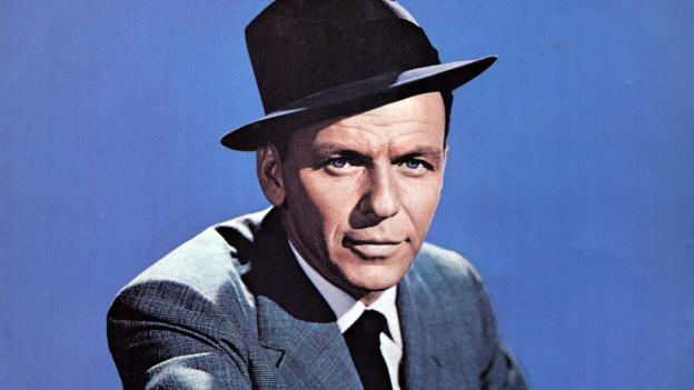 Frank Sinatra in den 60ern mit Hut.