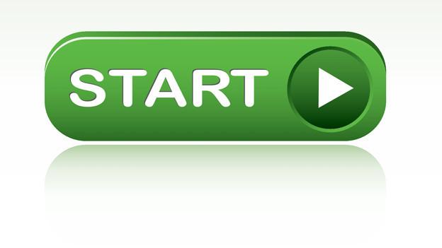 Auf einem grünen rechteckigen Knopf steht das Wort «Start».