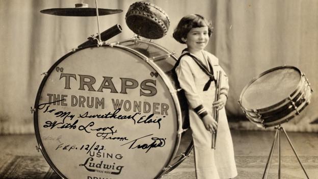 Buddy Rich als kleiner Drummer mit vier Jahren.