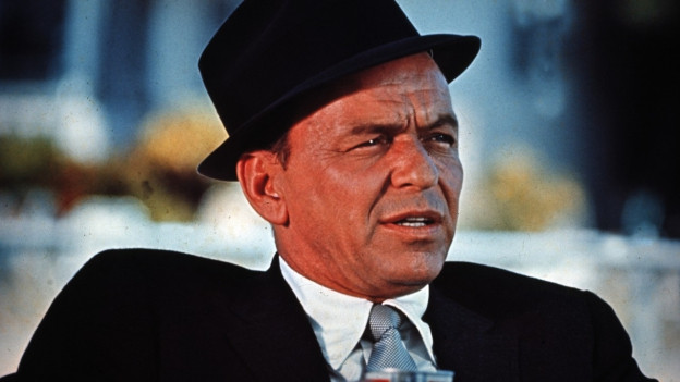 Frank Sinatra mit Hut.