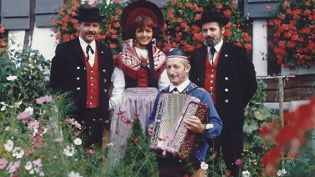 Schnappschuss mit dem Jodelduett, Komponist und Akkordeonist.