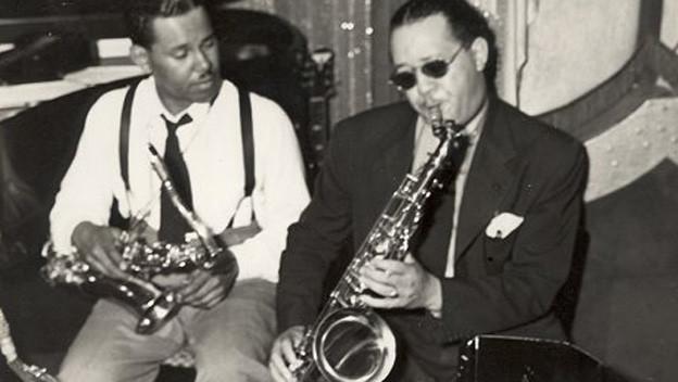 Zwei Saxophonspieler