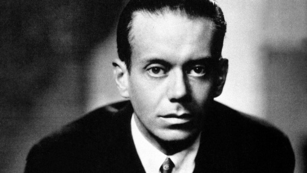 Cole Porter Porträt in schwarzweiss.