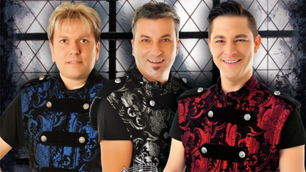 Gruppenfoto mit den drei Sängern.