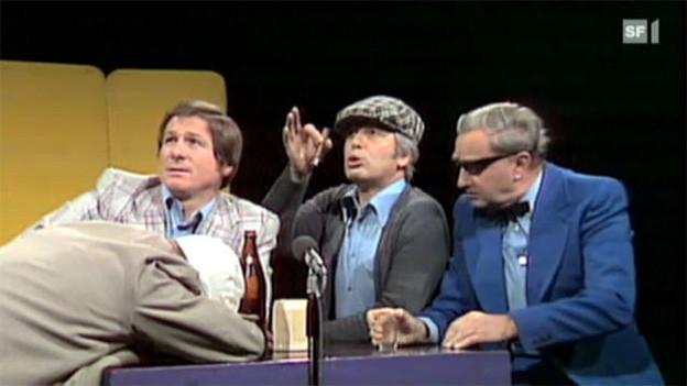 Szene aus einem alten Fernsehaufnahme.