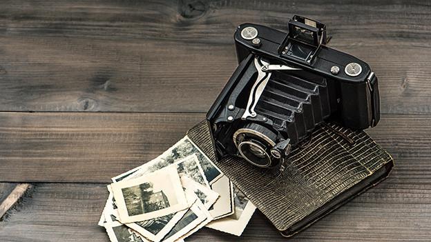 Eine alte Fotokamera.