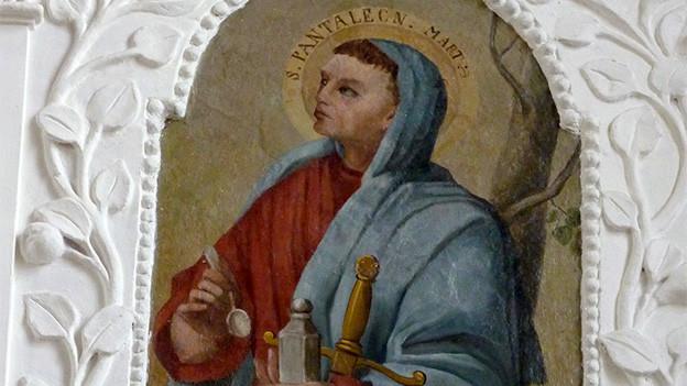 Darstellung des Heiligen Pantaleon in der katholischen Pfarrkirche St. Martin im deutschen Wertingen.