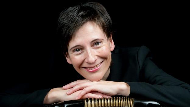 Claudia Muff (1971) ist Akkordeonlehrerin, Musikerin und Komponistin.