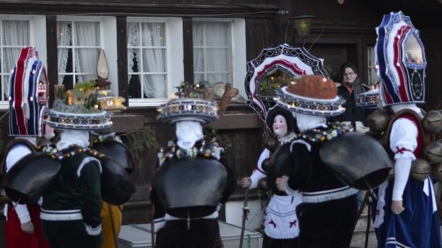 Muldeschuppel beim Silvesterchlausen.