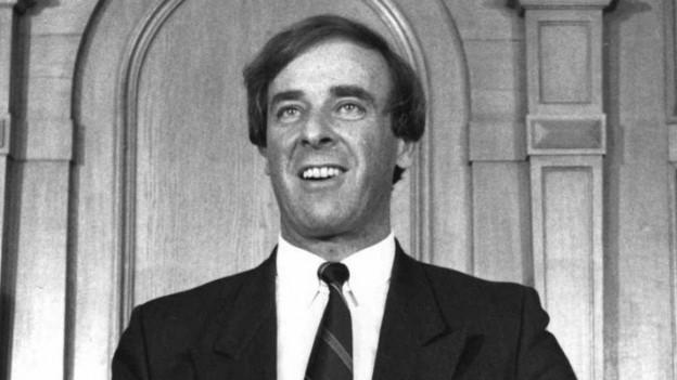 Adolf Ogi, unmittelbar nach der Wahl in den Bundesrat, am 9. Dezember 1987.