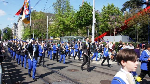 Die SJMUZ auf der Parademusik