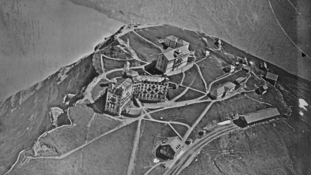 Rigi Kulm, historisches Luftbild von 1919, aufgenommen aus 50 Metern Höhe von Walter Mittelholzer.