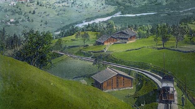 Bild von Wengernalpbahn und Wetterhorn um 1900.
