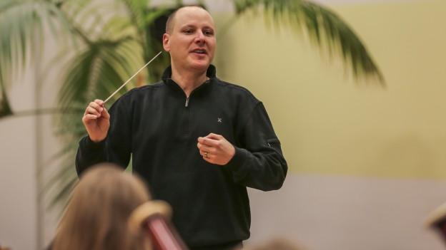 Dani Haus während einer Probe mit dem neuen Nordwestschweizer Projektorchester «adhoc.nw».