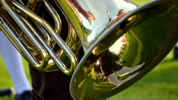 Ausschnitt einer Tuba.