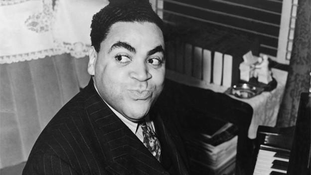 Fats Waller bei einem Auftritt 1938.