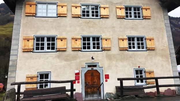 Die alte Post in Weisstannental.