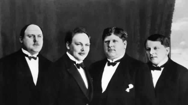 Rudolf, Karl, Friedrich und Eugen Knie (v.l.n.r.).