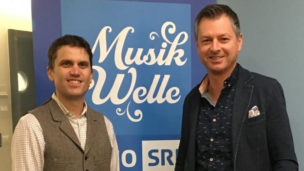 Musik ist sein Leben. Christoph Walter (r.) ist Gast bei Roman Portmann im SRF Musikwelle Brunch.