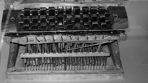Die Schreibmaschine von Peter Mitterhofer.