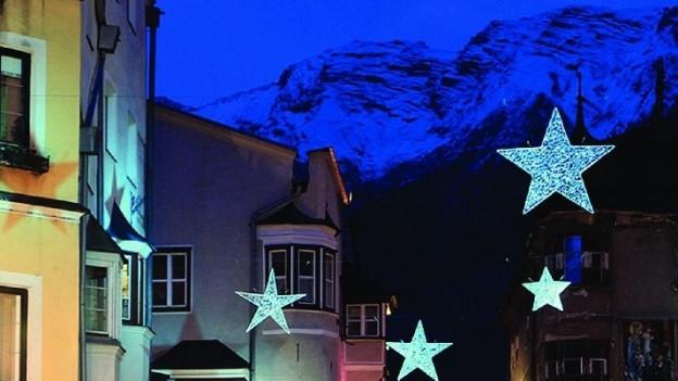 «Ein wunderschöner Ort!», schwärmt der Schweizer Dirigent Corsin Tuor vom historischen Städtchen Hall bei Innsbruck.