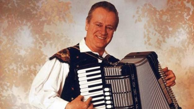 Porträt vom slowenischen Komponist und Akkordeonist Slavko Avsenik (1929-2015).