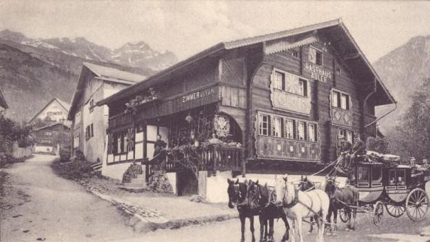 Rustikales Restaurant von Aussen.