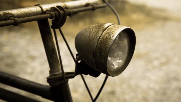 Lenkstange eines alten Fahrrads.