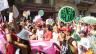 Menschen an einer Parade für die Rechte Homosexueller.
