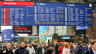 Anzeigetafel im Bahnhof Zürich.